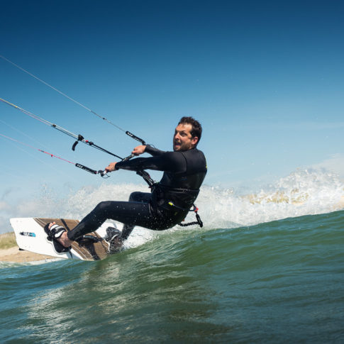 kite surf sourire au photographe